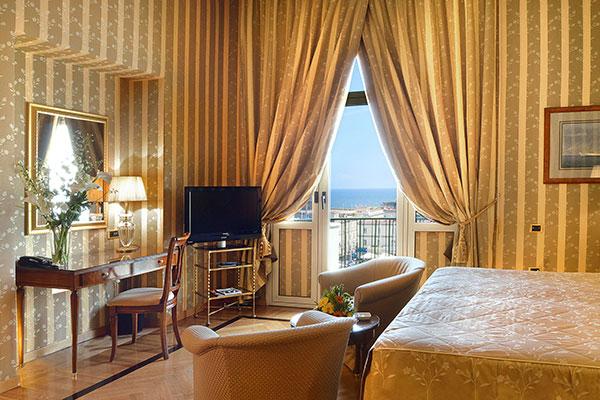 Grand Hotel Vesuvio -  Napoli